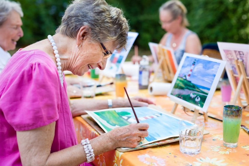 art-therapy-for-dementia.jpg